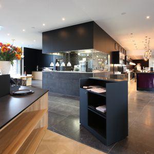 http://www.moderntimes-hotel.com/application/files/thumbnails/thumb_list_2x/5014/7506/5289/vue_grill-et_bar.jpg